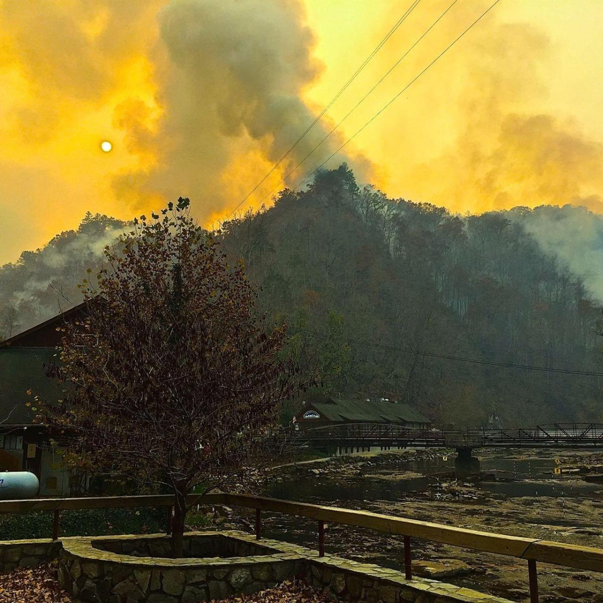 Charlotte air quality deemed unhealthy as result of western NCwildfires